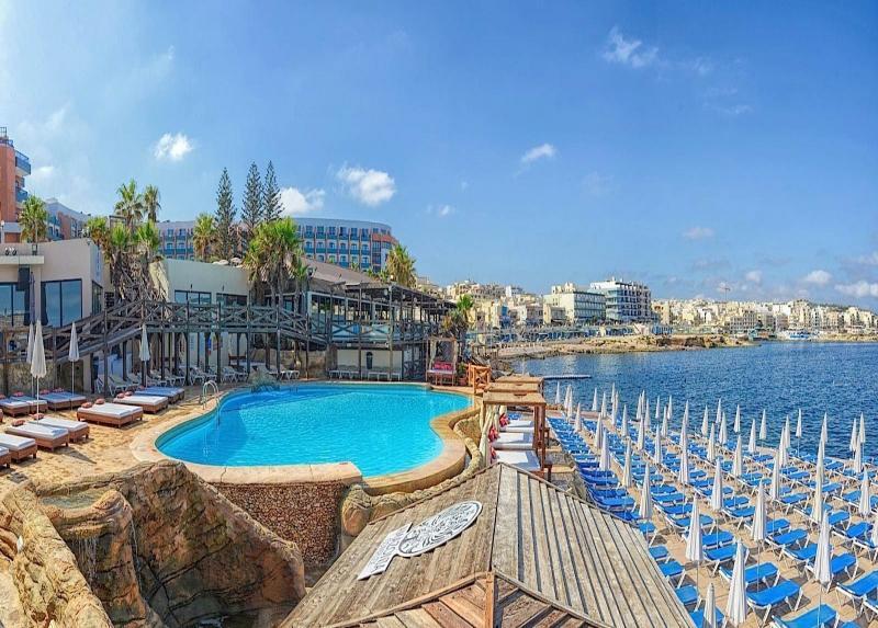 Dolmen Resort Hotel / Dolmen Resort Hotel