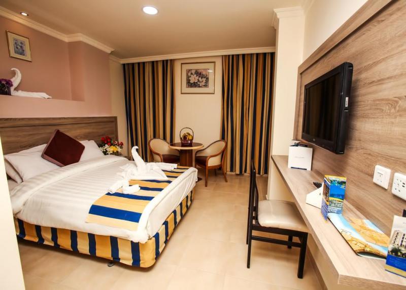Golden Tulip Hotel / Golden Tulip Hotel