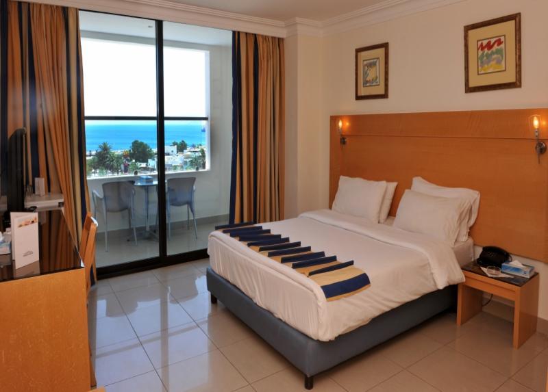 Mina Hotel / Mina Hotel