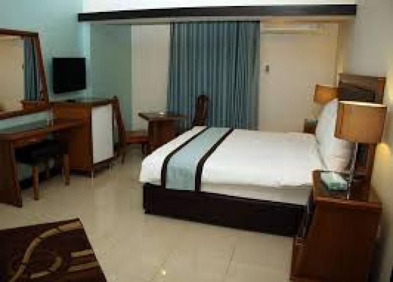 Raed Suites / Raed Suites