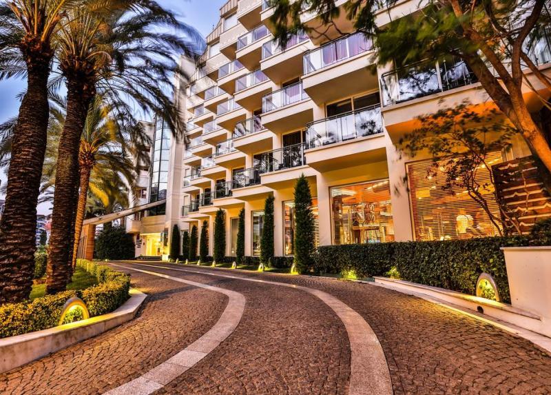Hotel U Marmarisu živopisnog Okruženja
