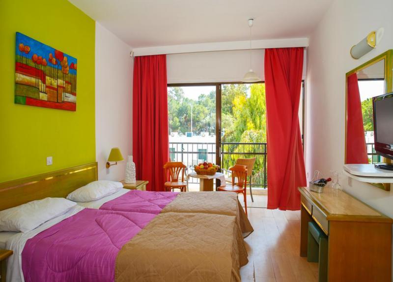 Park Beach Hotel / Park Beach Hotel