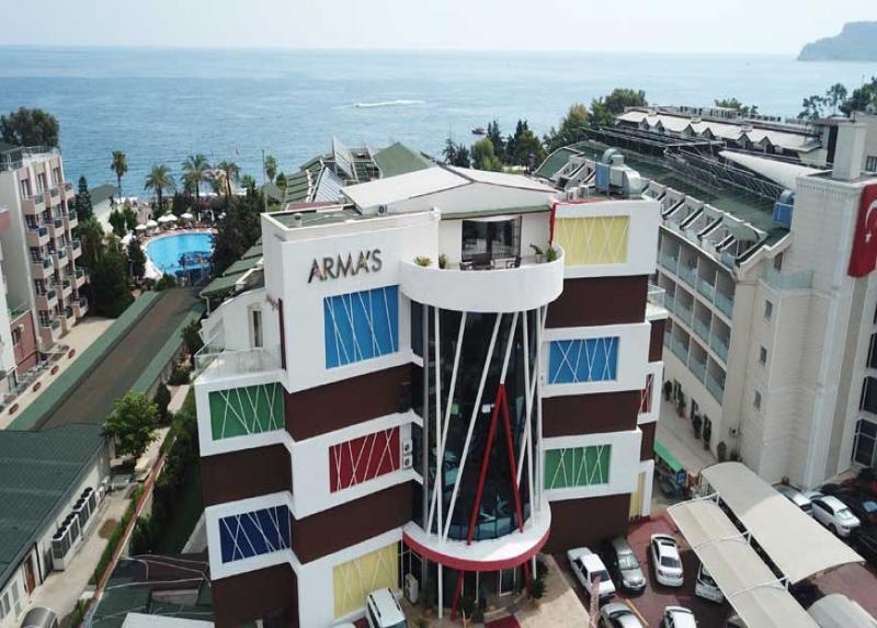 Armas Beach Hotel / Armas Beach Hotel
