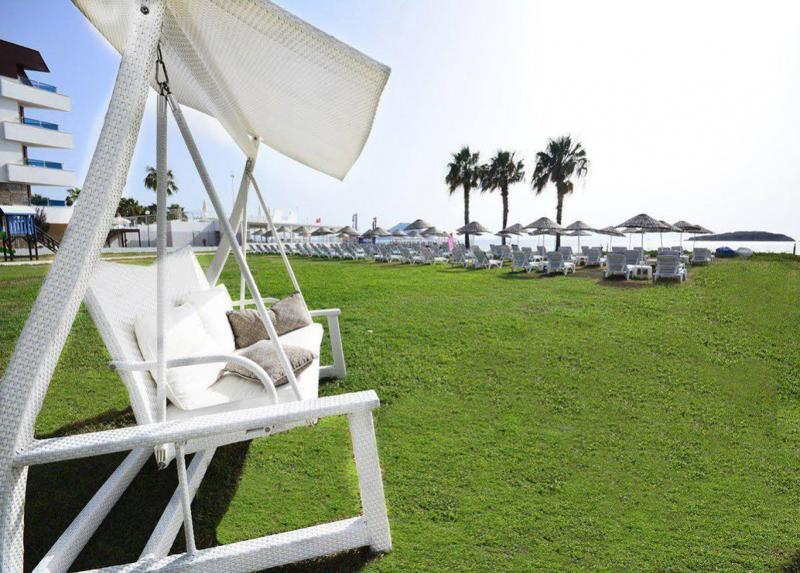 Ladonia Hotels Club Blue White / Ladonia Hotels Club Blue White