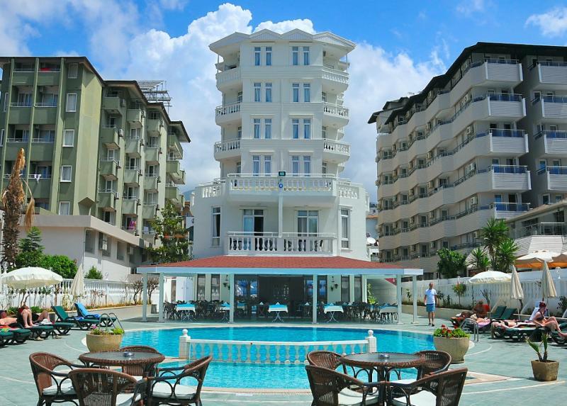Azak Hotel / Azak Hotel